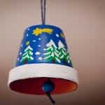 Weihnachtsglocke aus einem Tontopf