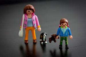 Für die Schultüte: PLAYMOBIL 5513 - Duo Pack Mama mit Schulkind