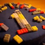 Lego-Torte - Dekoriert mit Lego-Steinen aus Fondant