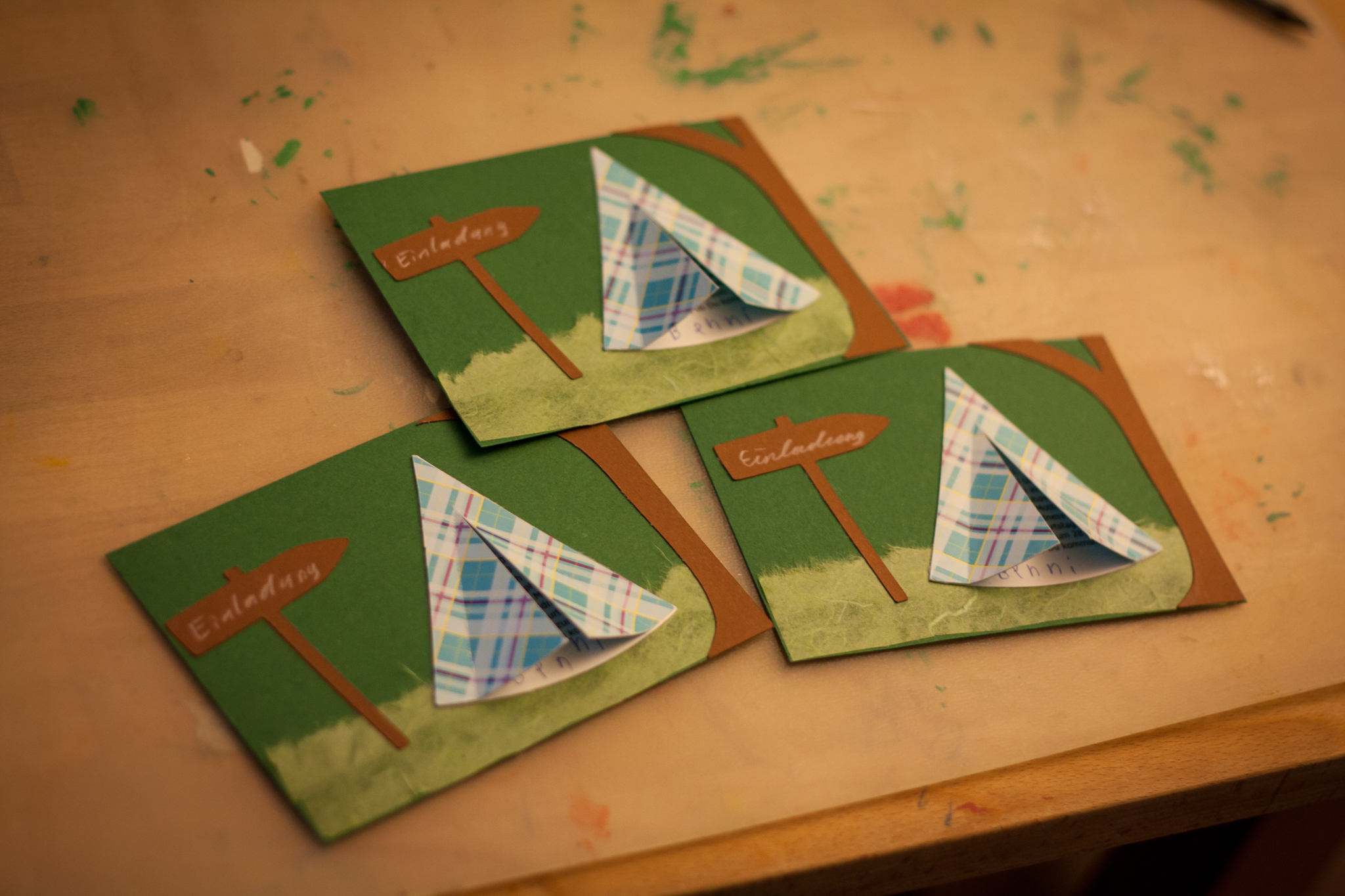 Zelt Zum Basteln : Einladungskarte für einen outdoor kindergeburtstag in der