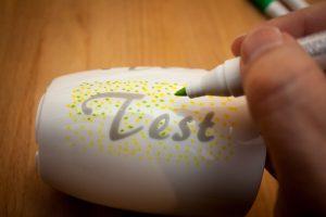 Porzellan beplotten - Test Porcelain Pen easy un Schablonierfolie