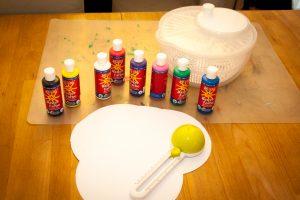 DIY Farbschleuder - Spin Art mit den Kids